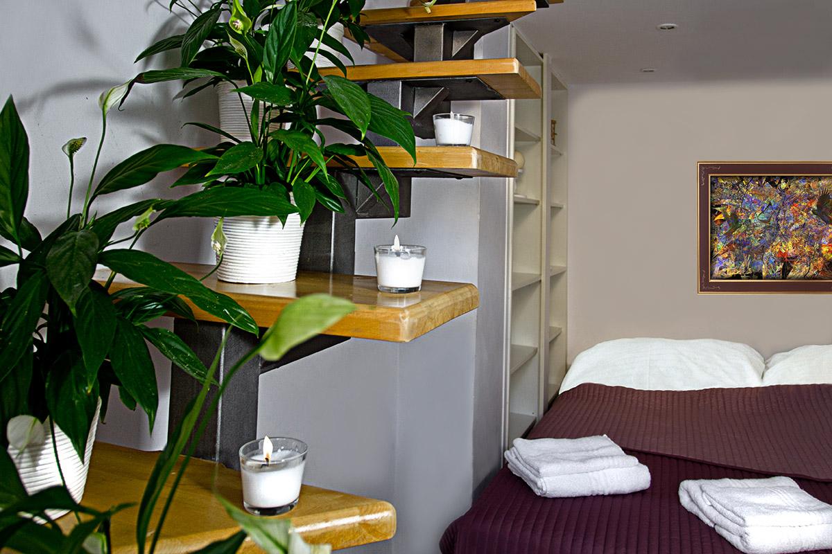 Zatecka 8 Bed Room