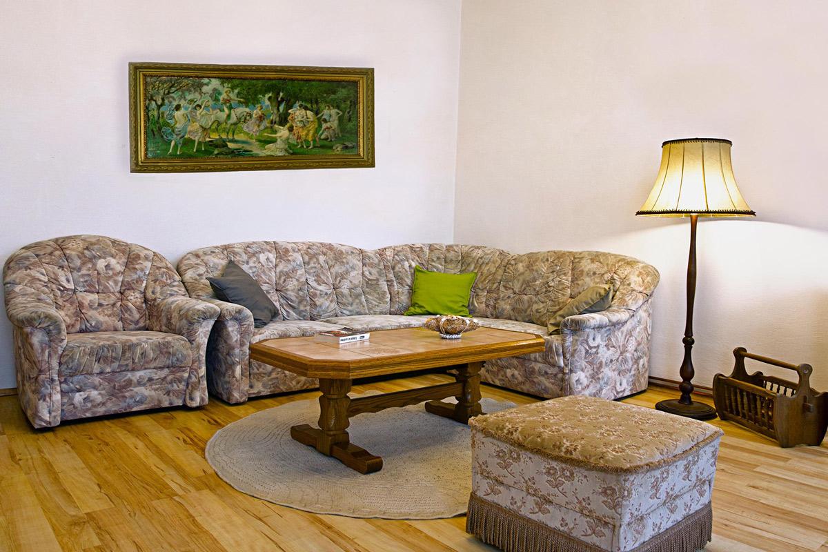 зал-диван
